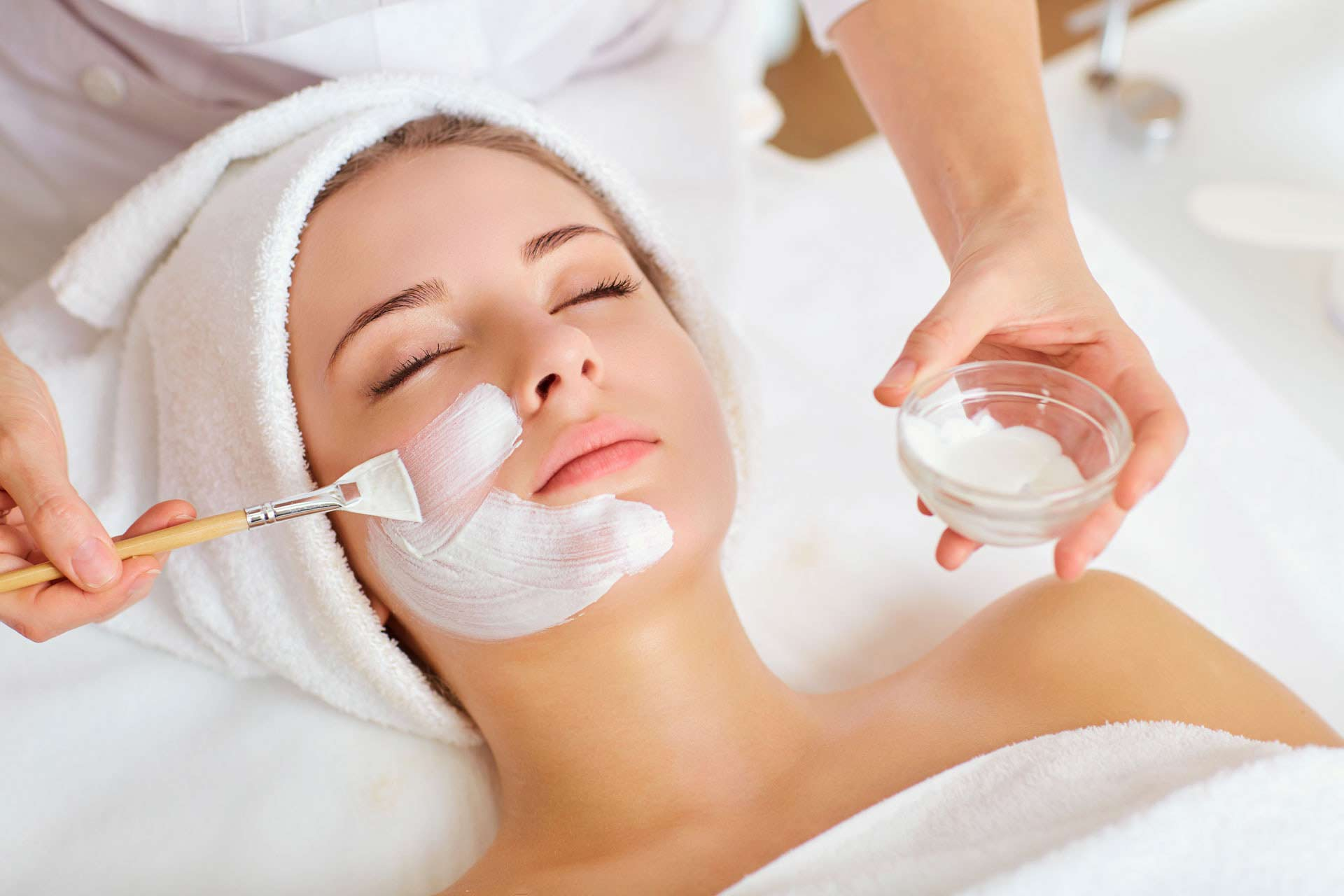 What is your esthetician's facial training or experience?