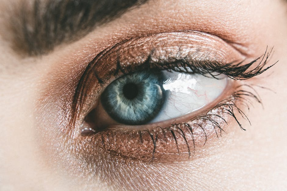 10 Reasons to Get a Blepharoplasty Procedure